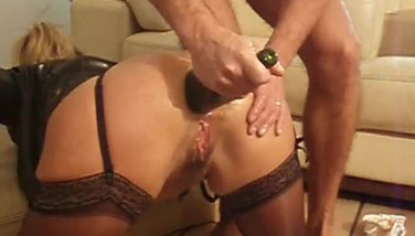 French wifey ass-fuck going knuckle deep and bottle boink