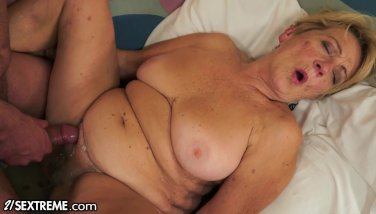 21sextreme granny gets fine plowing