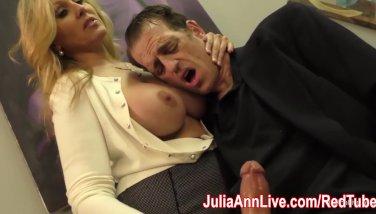 Jaw-dropping Mummy Julia Ann Wanks Him On Tryst Night
