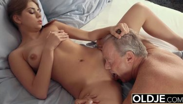 Magnificent Teenager Lets Father Finger Her Pulverize Her And Guzzles His Jism After Hump