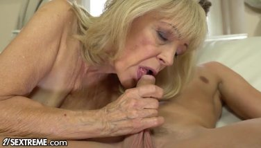21sextreme insatiable granny rails youthfull mans pulsing salami