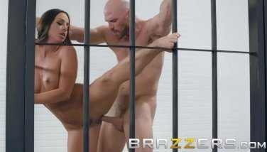 Brazzers  magnificent cage pal abigail mac gets fucked behind rafters