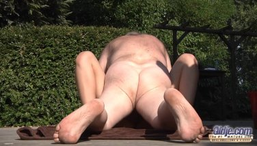 Grandpa Ravages Youthfull Poon So Cock-squeezing And Moist Prepared For Jism