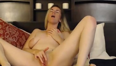 Insatiable ash-blonde cutie with marvelous forms nails herself