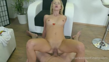 Cutie pleases her always sexhungry cootchie