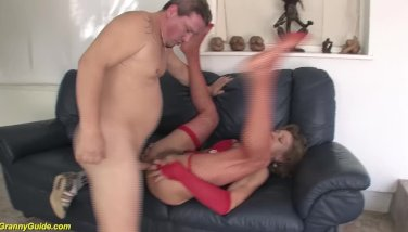85 years old granny very first anal invasion bang-out